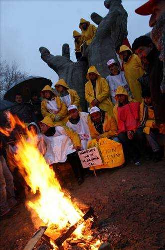 Tekel workers on hunger strike.